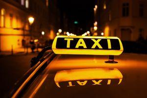 В такси появилась реклама