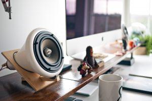Best FM переформатируют в разговорную станцию