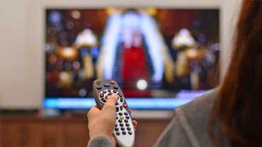 Госдума в третьем чтении приняла закон об увеличении рекламного времени на ТВ